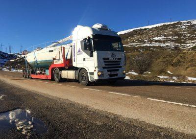 camion cargado nieve